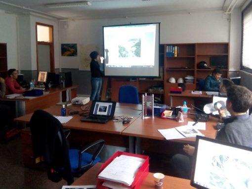 Servicio de formación de migración a QGIS para personal técnico del territorio